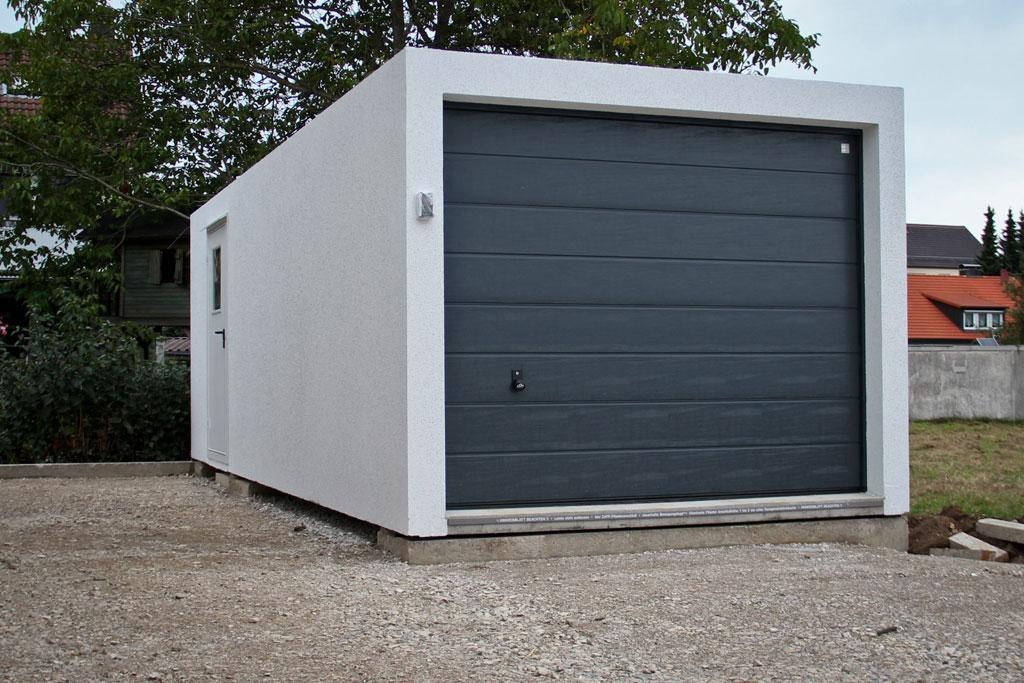 Impressionen vom Bau #22: Hurra, die Garage ist da! | moviescape.blog