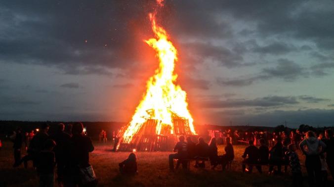 Sonnwendfeuer 2017: Das Feuer brennt