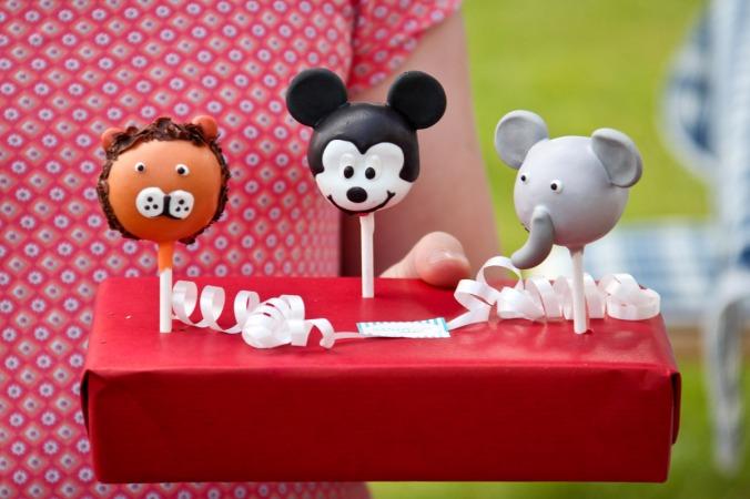 Kunstvolle Cake-Pops: Löwe, Micky Maus, Elefant