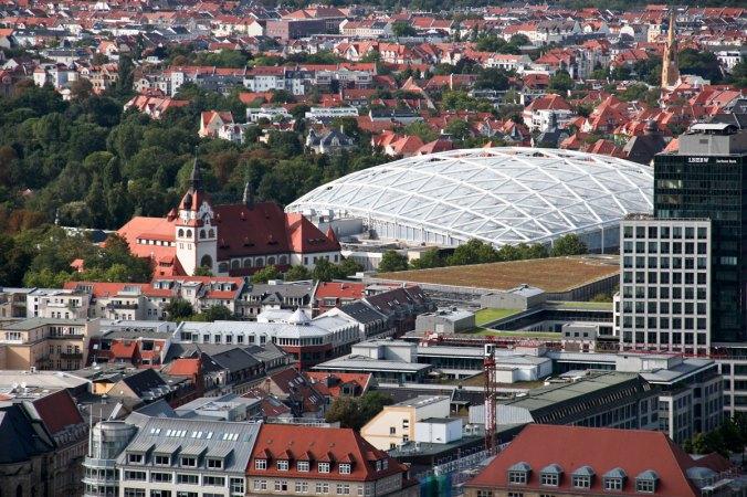 Der Leipziger Zoo mit Blick auf das Gondwanaland.