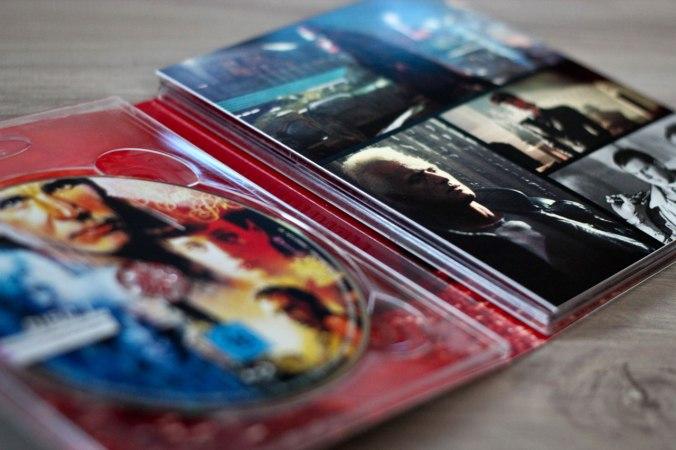 Im Digipak finden sich vier Fassungen des Films sowie eine Bonus-Blu-ray