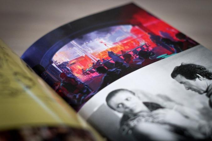 Das 72-seitige Buch mit Produktionsskizzen ist eine nette Beigabe
