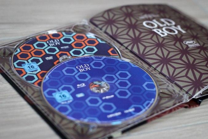 Das Mediabook mit 4 Discs (Blu-ray, DVD, Bonus-Blu-ray, Soundtrack-CD) bildet das Kernstück