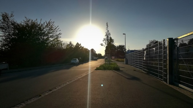 Nun beginnen wieder die Läufe in den Sonnenuntergang...