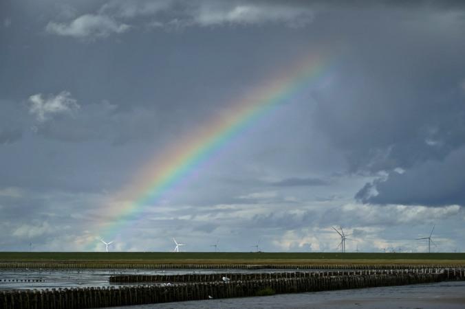 ...und überraschte uns mit einem Regenbogen...