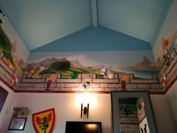 Klein, aber sauber und funktional: unser Themenzimmer