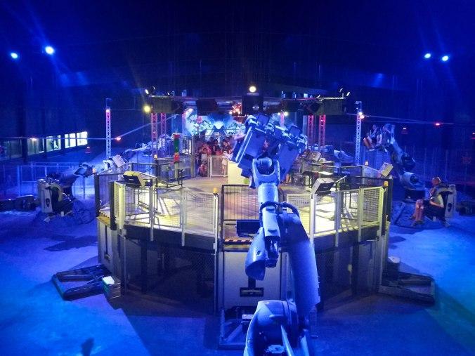 """Der Blick auf den """"Power Builder"""" von der Zuschauerplattform..."""