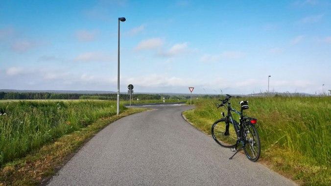 Ungefähr 10 km nach dem Start am Morgen...