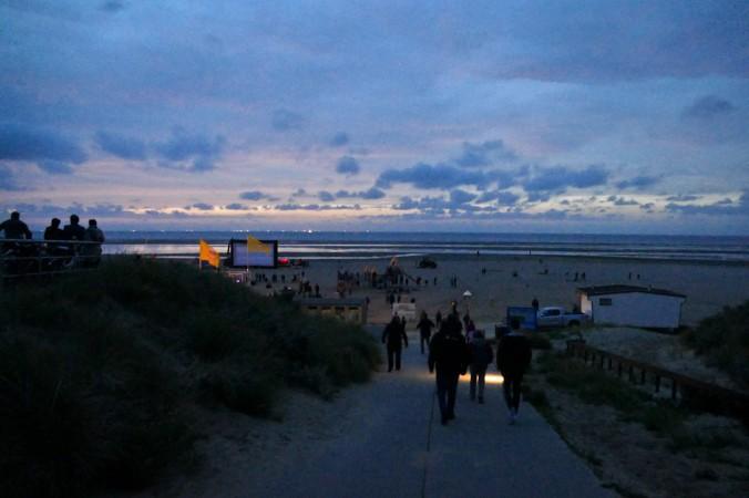 Nachts sind alle Strandbesucher grau