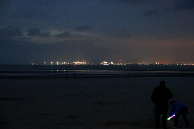 Der Hafen Rotterdam in stimmungsvoller Beleuchtung