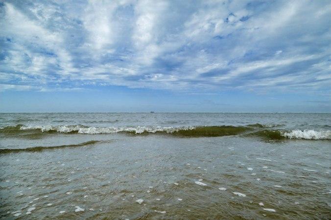 Endlich mit den Füßen durch das Meer waten