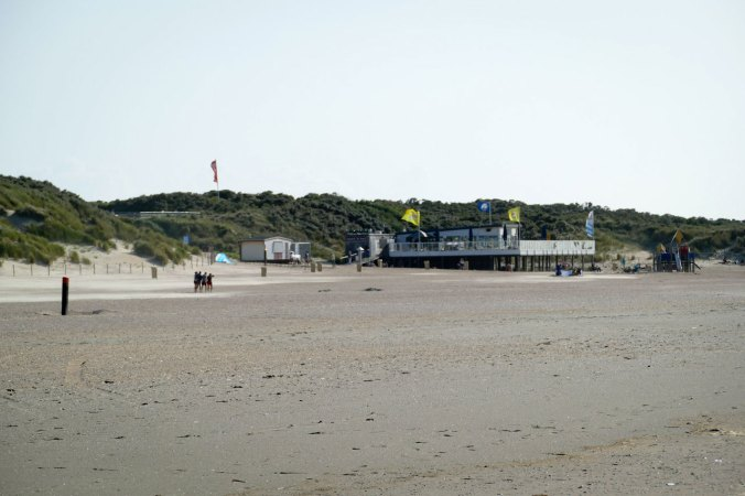 Aufgrund des kühlen Wetters war der Strand ziemlich verlassen