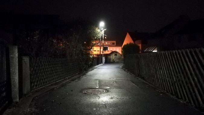 Nachts durch schummrige Gässchen schlüpfen...