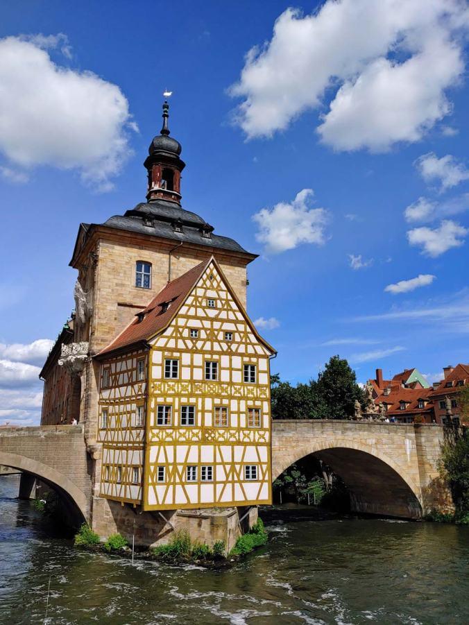 Das imposante Alte Rathaus in Bamberg