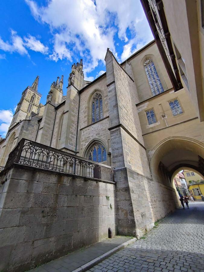 Ein Blick auf eine der unzähligen Kirchen der Stadt
